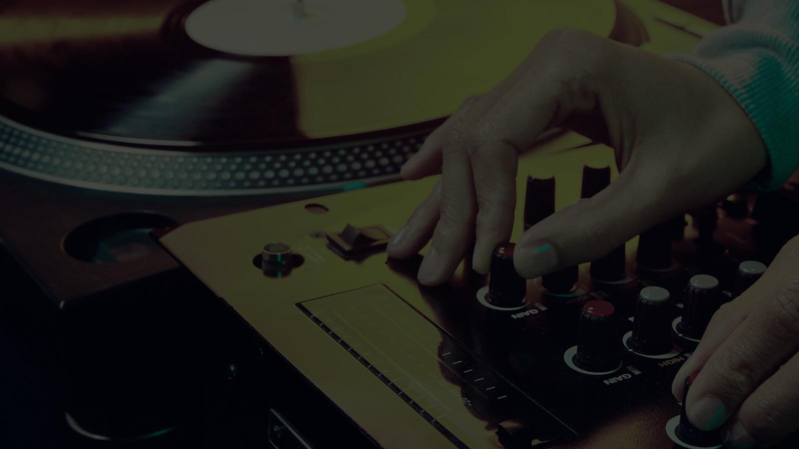 background-DJBASU-SLIDE-3